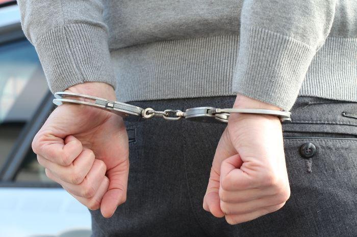Policja Otwock: Tymczasowy areszt za groźby, uszkodzenie ciała i uszkodzenie mienia