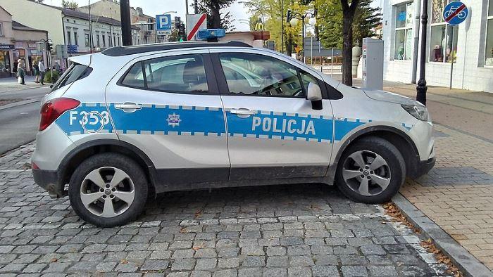 Policja Otwock: Groziła nożem właścicielowi sklepu